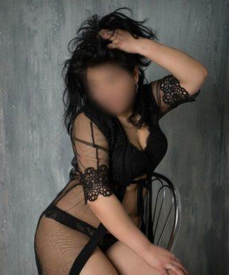 סקסית לעיסוי מפנק בחיפה